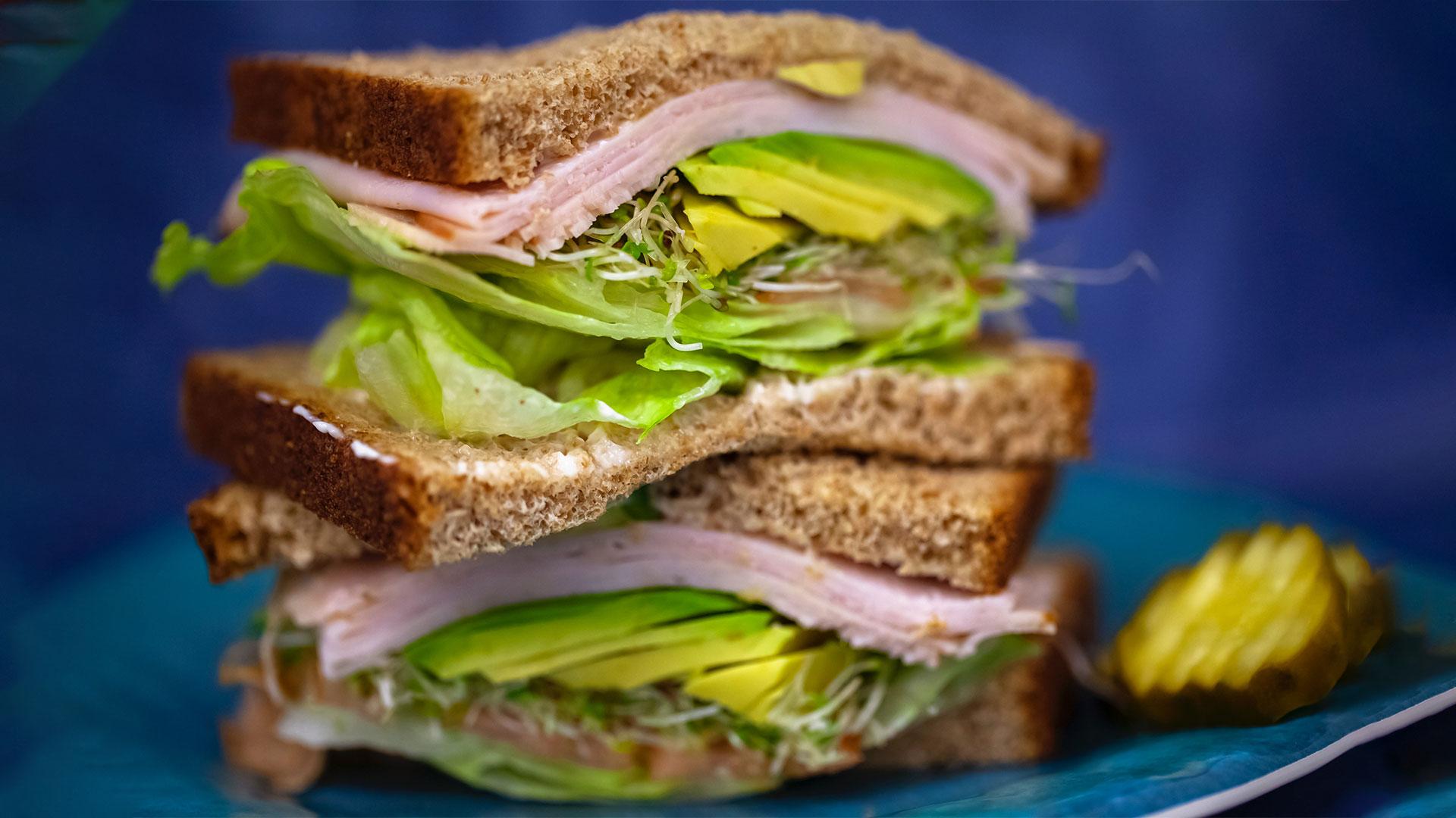pileci-parizer-sendvic-pile-trstenik